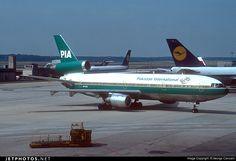 Pakistan International Airlines (PIA) McDonnell Douglas DC-10-30