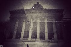 National Portrait Gallery in a puddle by Gavin Hammond, via Flickr