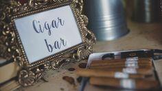 Cigar corner wedding/ Rincón del fumador #bodassrysrade Más en www.señoryseñorade.com