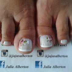 Nails Pretty Nail Designs, Toe Nail Designs, Pretty Toes, Pretty Nails, Paws And Claws, Toe Nail Art, Nail Spa, Matte Nails, Celine