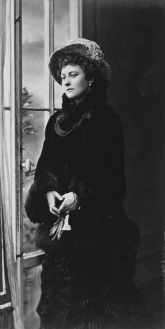 Princess Louise, Marchioness of Lorne, Venice 1881 [in Portraits of Royal Children Vol.27 1880-1881] | Royal Collection Trust