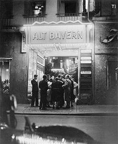 Berlin: Cabaret 'Alt Bayern' 1939