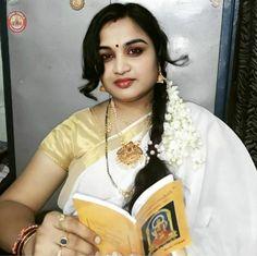 Indian Natural Beauty, Indian Beauty Saree, Very Beautiful Woman, Beautiful Roses, Actress Aishwarya Rai, Bollywood Pictures, India Beauty, Girl Photos, Beauty Women