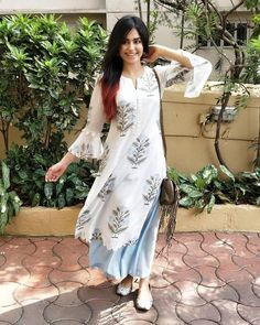 Adah Sharma spotted in our all new blue tulip set from the Neel Bagh collection ❤❤❤ Launching soon in Delhi at Yellow Blossom on May at… Pakistani Dresses, Indian Dresses, Indian Outfits, Punjabi Dress, Indian Attire, Indian Wear, Kurti Styles, Indian Designer Suits, Kurta Designs Women
