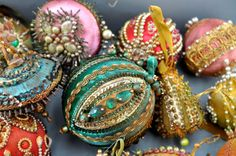 Group of beaded ornaments 60s /70's (collection Linda Pastorino)