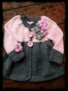 Lovely hand knit baby girl sweater with flower buttons. Perfect for spring/autumn season or cold summer evenings. Made with love! Yarn: High quality merino wool  Care: Handwash  Every item from Tutto is HAND knit and MADE TO ORDER. You can choose the colors, size and design as you wish.  Write to me and I will help You with advice!!! _____________________________________________ Policies:  Shipping Items are shipped as soon as payment is received.  All items are HAND knit and MADE TO ORD...