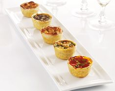 Tortillas, Bacon Quiche, Fingerfood Party, Mini Quiches, Snacks, High Tea, Mini Cupcakes, Finger Foods, Catering