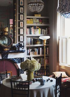 Decor Inspiration At Home With : Adam Charlap Hyman, Brooklyn Cosy Home, English Country Decor, Study Nook, Study Space, Home Libraries, Beautiful Interiors, Interior Inspiration, Bedroom Inspiration, Decoration