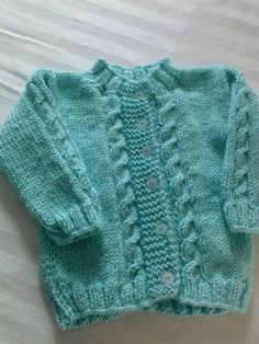 ¡Me gusta un montón! Knitted Baby Cardigan, Knitted Baby Clothes, Pink Cardigan, Layette, Boys Sweaters, Baby Vest, Unisex Baby, Knit Or Crochet, Baby Knitting