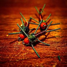Wakin n bakin with some red cj slayers #flytying #flyfishing #colorado #cwsff…
