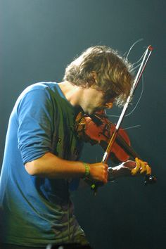 Yann Tiersen. It was not enough for him to be a great singer and composer, he also had to be a multi-instrumentalist.