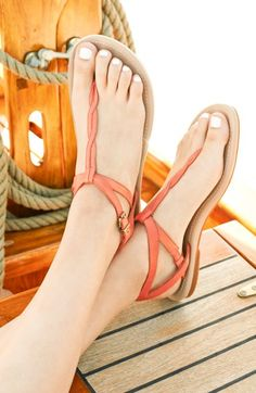 Love these sandals! http://rstyle.me/n/kxbpznyg6