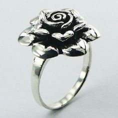 DESIGNER  SILVER VINTAGE STYLE FLORAL RING...NOW $39.95aus....... ... SIZES 6us 7us 8us 9us ...... SAVE THIS PIN OR BUY NOW FROM LINK HERE http://cgi.ebay.com.au/ws/eBayISAPI.dll?ViewItem&item=182325748531&ssPageName=ADME:L:LCA:AU:1123#ht_4198wt_1163