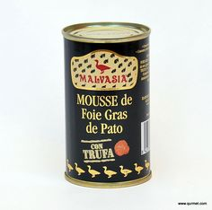 Mousse de Foie Gras de Pato con Trufa.  La mousse de foie gras de pato con trufa es una emulsión a base de hígado graso de pato y trufa triturado sometido a calor y presion para la elaboración de su conserva. Se dice que el mouse de foie gras es el primer paso para conocer la familia del foie gras.