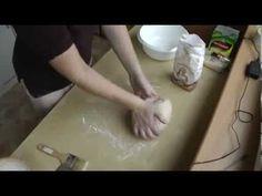 Kváskový chleba - jak na první domácí chleba - YouTube