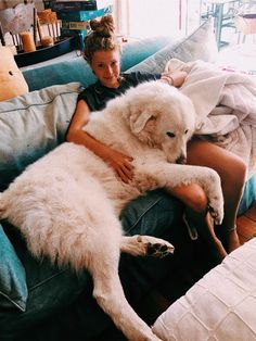 ":) ""cachorro"" gigante - Fun, Dogs & other disasters - Perros Graciosos Cute Puppies, Cute Dogs, Dogs And Puppies, Doggies, Pyrenees Puppies, Great Pyrenees Puppy, Corgi Puppies, Baby Dogs, Puppy Cuddles"