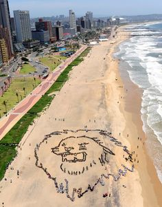 Africa Roars for Climate Action! Thousands of South African youths form a giant human lion's head and call for urgent action on climate change in Durban, 2011 Durban South Africa, South Afrika, Kwazulu Natal, Pretoria, Africa Travel, Countries Of The World, Beautiful Beaches, Beautiful Scenery, Vacation Spots