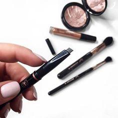 TheWriteBeauty.com @thewritebeauty / Anastasia Beverly Hills Brow Definer / Makeup flat lay inspo / makeup haul / gorgeous makeup / vanity makeup / eyebrows / ABH brows /
