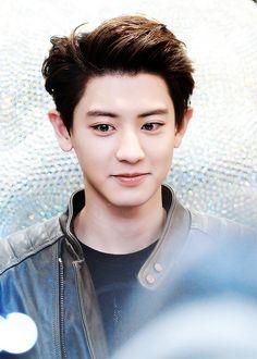 Find images and videos about exo, chanyeol and exo-k on We Heart It - the app to get lost in what you love. Baekyeol, Chanbaek, Exo Ot12, Kpop Exo, Kris Wu, Chanyeol Baekhyun, Kim Minseok, Exo Korean, Exo Members