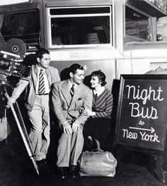 Director Frank Capra, Clark Gable and Claudette Colbert on the set of IT HAPPENED ONE NIGHT
