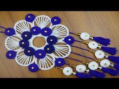Amazing Woolen Craft idea - How To Make Woolen Door/Wall Hanging Toran at Home - Best reuse ideas Rope Crafts, Flower Crafts, Diy Crafts, Diy Flower, Macrame Toran Designs, Newspaper Wall, Door Hanging Decorations, Wall Hanging Designs, Woolen Craft
