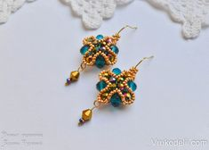 Bright showy earrings with his own hands, beautiful earrings made of beads and beads scheme, a master class with photos and explanations