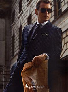 Fashion Tips for Men Over 40 | Men's Fashion | Menswear | Men's Style | Moda Masculina | Shop at designerclothingfans.com