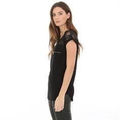 Pimkie.es : Encaje delicado y bolsillo con cremallera: esta camiseta cuida los detalles.