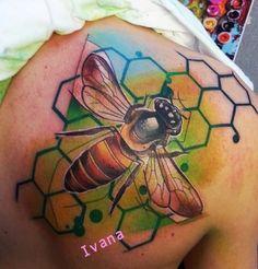 Wasp Tattoo - Ivana Belakova - http://inkchill.com/wasp-tattoo/