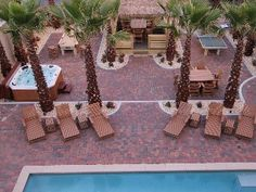 Upscale Frangista 5br+bunk area/Large pool Steps to the Private Beach