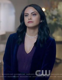 Veronica's purple pointelle v-neck dress on Riverdale Veronica Lodge Aesthetic, Veronica Lodge Fashion, Veronica Lodge Outfits, Veronica Lodge Riverdale, Camila Mendes Veronica Lodge, Camila Mendes Riverdale, Camilla Mendes, Riverdale Fashion, Chic Outfits