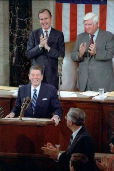 We need a President like Ronald Reagan in charge of our country. Repin if you agree!