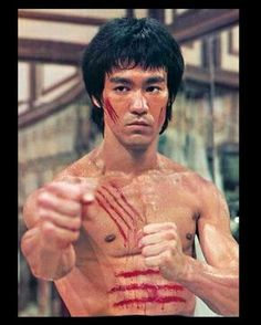 Unless you have been living on Mars or in a very big cave, the name Bruce Lee will be instantly familiar. This martial-arts master was just extraordinary in. Bruce Lee Facts, Bruce Lee Quotes, Bruce Lee Poster, Kung Fu, Steven Seagal, Chuck Norris, Eminem, Karate, Brice Lee