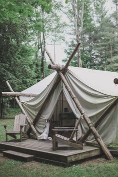 Modern camping is called Glamping! Glamourous camping, abbreviated Glamping, is the new sexy way to camp. Camping Glamping, Camping Ideas, Camping Hacks, Outdoor Camping, Camping Storage, Camping Cabins, Kayak Camping, Camping Organization, Camping Guide