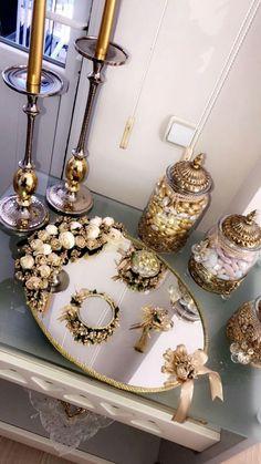 whatsapp ve zeng 077 315 12 13 Wedding Gift Wrapping, Wedding Gift Boxes, Wedding Favors, Engagement Decorations, Wedding Decorations, Wedding Crafts, Diy Wedding, Iranian Wedding, Afghan Wedding