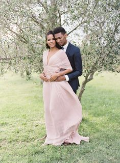 Blush and Navy Wedding Inspiration in Provence by Les Anagnou Photographers   www.lesanagnou.com