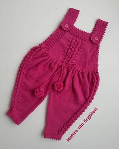 Soğuk Havaların En Vazgeçilmez Örgü Modelleri Knitting ProjectsCrochet For BeginnersCrochet BlanketCrochet Amigurumi Baby Knitting Patterns, Knitting Designs, Baby Patterns, Motif Kimono, Dress Design Patterns, Dress Designs, Kids Fashion Blog, Baby Overalls, Baby Pullover
