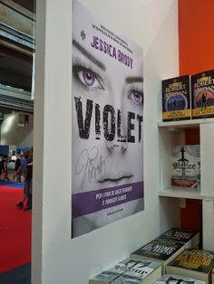 Leggere In Silenzio: INTERVISTA : Jessica Brody di Violet