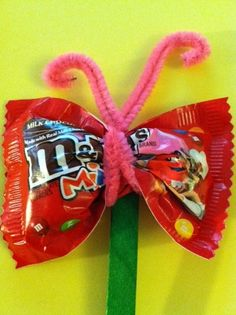 Valentine Craft for Kids/ would be cute for school valentines