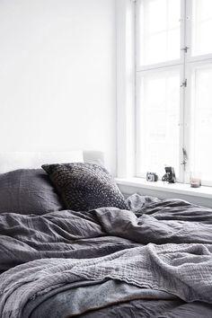 Comfy + Cozy #bed #home #zen