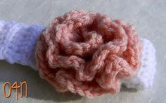 Free Pattern : Crochet this beautiful rose without rolling the flower.. all in one go!