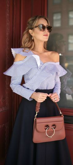 Re-defined necklines & feconstructed shirting: blue & white striped one shoulder ruffle blouse, navy midi skirt, brown bag. Nyc Fashion, Fashion 2017, Autumn Fashion, Fashion Trends, Fashion News, Latest Fashion For Women, Womens Fashion, One Shoulder Tops, Vogue