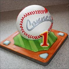 Would like Cs name done like thisbaseball cake Party Ideas