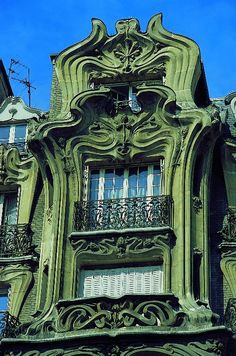 Art Nouveau Architecture, Place Étienne-Pernet, Paris (I don't think this building is green? from memory, but nevermind, it's impressive in green)