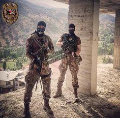 Turan Türk askerleri .