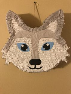 It is made of cardboard. 10th Birthday Parties, Girl Birthday, Birthday Ideas, Birthday Cake, Kids Party Themes, Birthday Party Decorations, Party Ideas, Wolf Cake, Wolf Kids