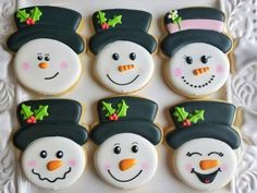 How to Decorate a Snowman Face Cookie – The Flour Box Snowman Cookies, Christmas Sugar Cookies, Holiday Cookies, Christmas Treats, Christmas Baking, Iced Cookies, Royal Icing Cookies, Cookies Et Biscuits, Bolacha Cookies