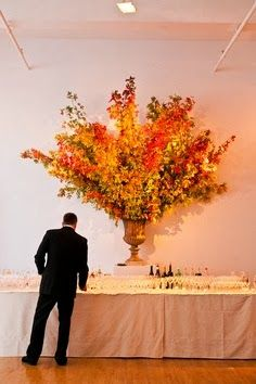The Best DIY and Decor: Fall foliage inspired bar decor