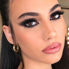 Glam Makeup, Black Eye Makeup, Bold Eye Makeup, Makeup Eye Looks, Cat Eye Makeup, Cute Makeup, Pretty Makeup, Skin Makeup, Makeup Inspo