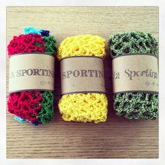 Sportina per la spesa di TheCroKnitClub su Etsy https://www.etsy.com/it/listing/223113282/sportina-per-la-spesa